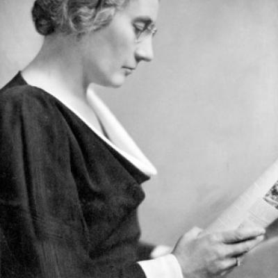 Picture of Agnes Macphail by Yousuf Karsh, Library and Archives of Canada