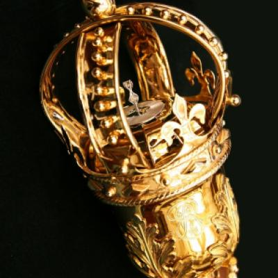 Picture of the crown of Ontario's Mace
