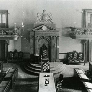 Premiers édifices de l'Assemblée législative image