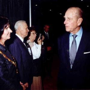 2002 (1) image