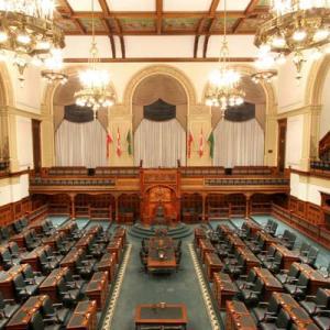 Qu'est ce que le parlement? image